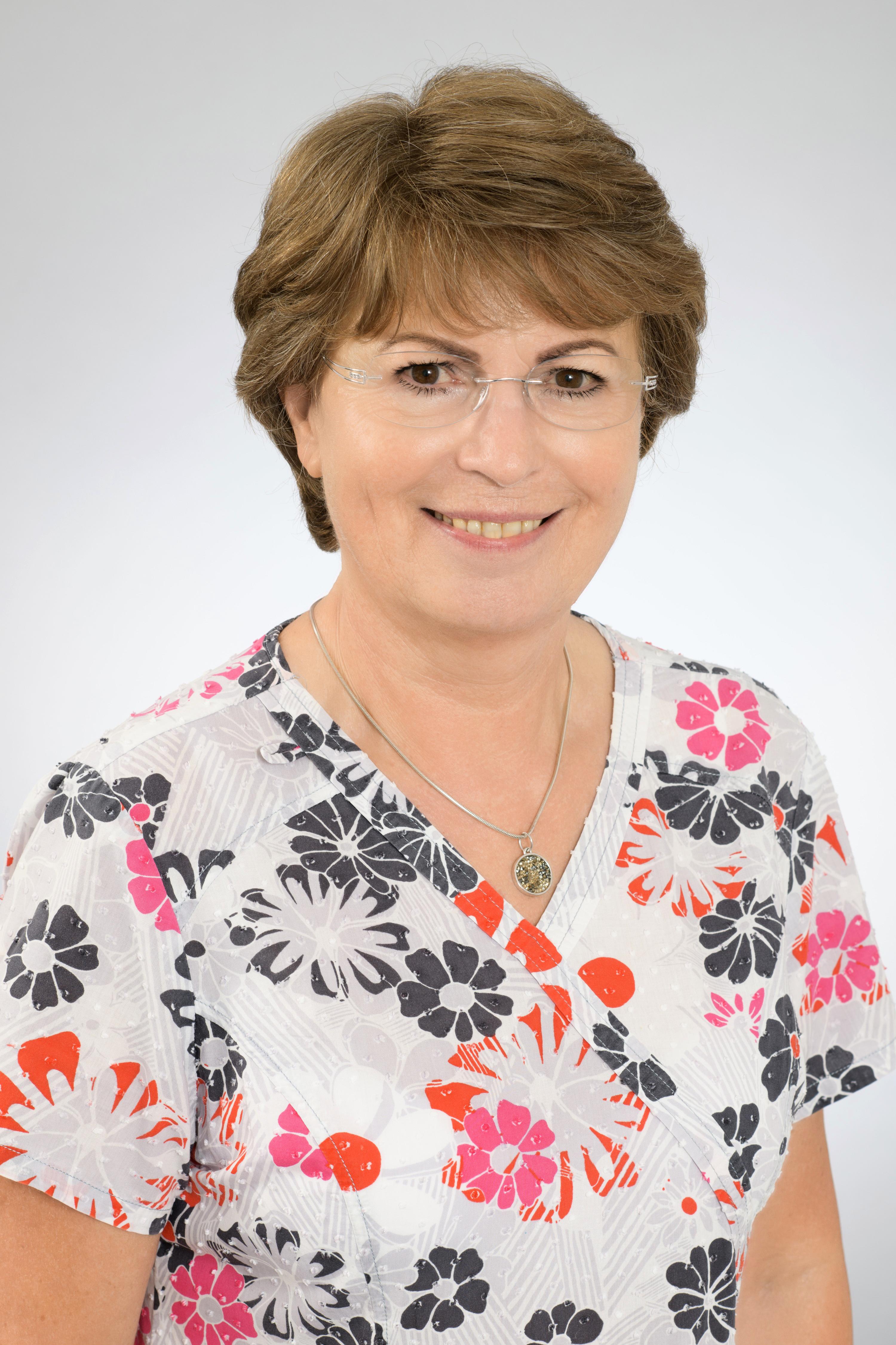 MUDr. Ľudmila Kmeťová