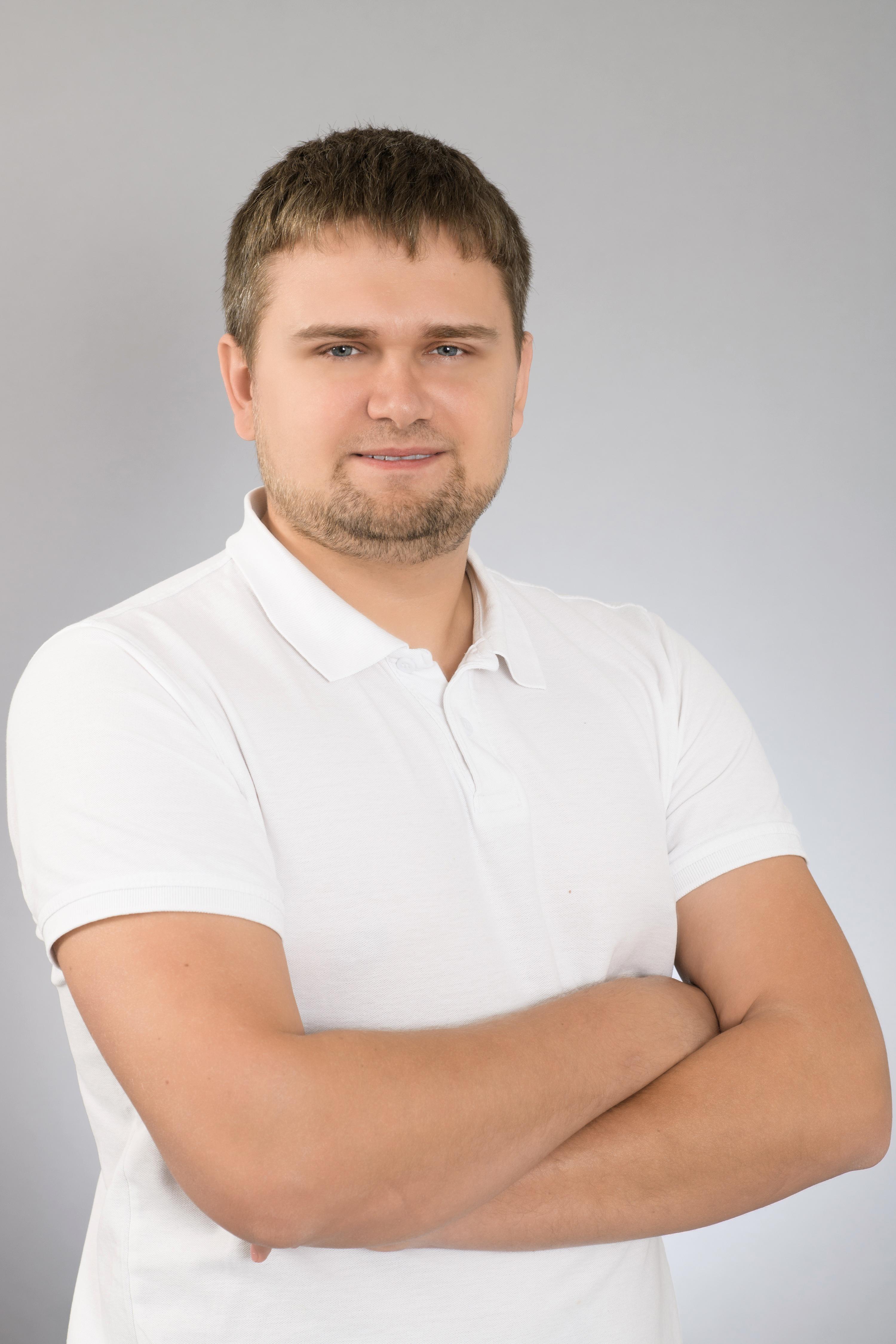 Dmytro Zakharovskyi